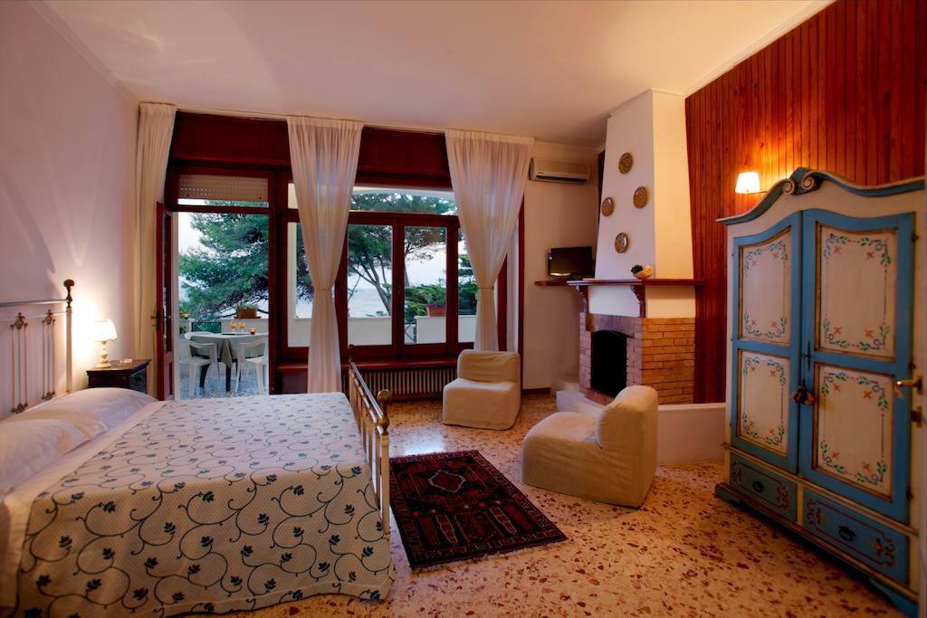 Hotel il Vascello-Camere